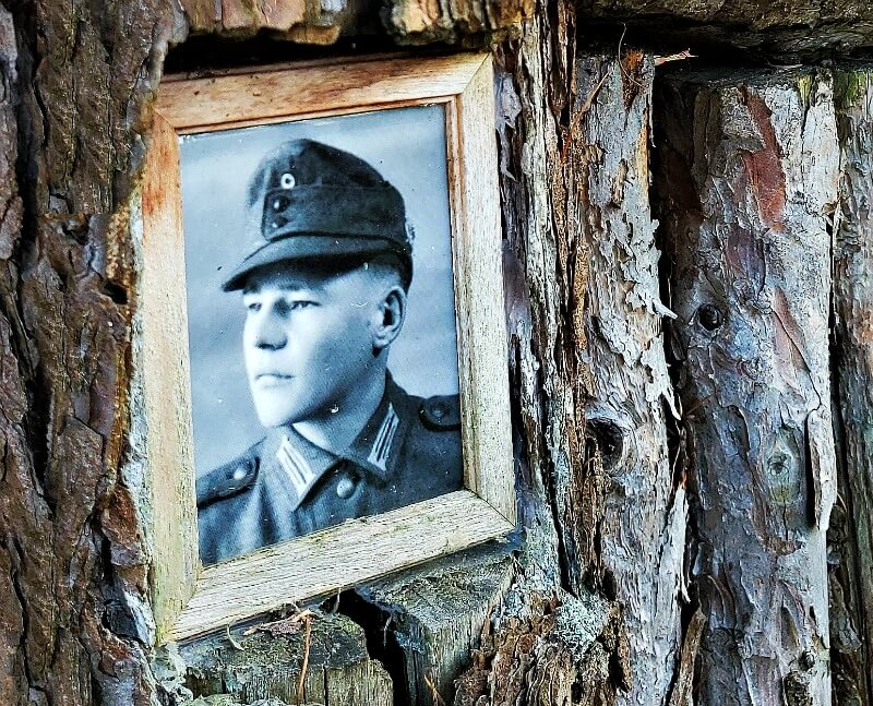 Soldier's portrait on a wooden cross