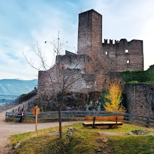Hocheppan Castle