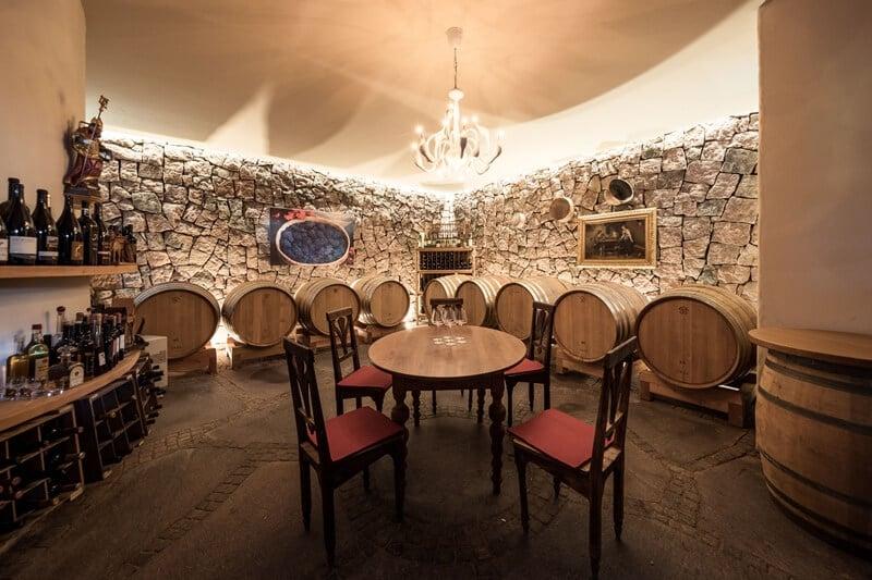 Weingut Dona Tasting Room