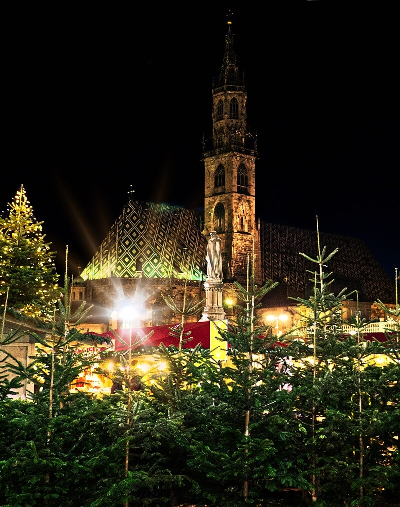Bolzano Cathedral during the Christmas Market