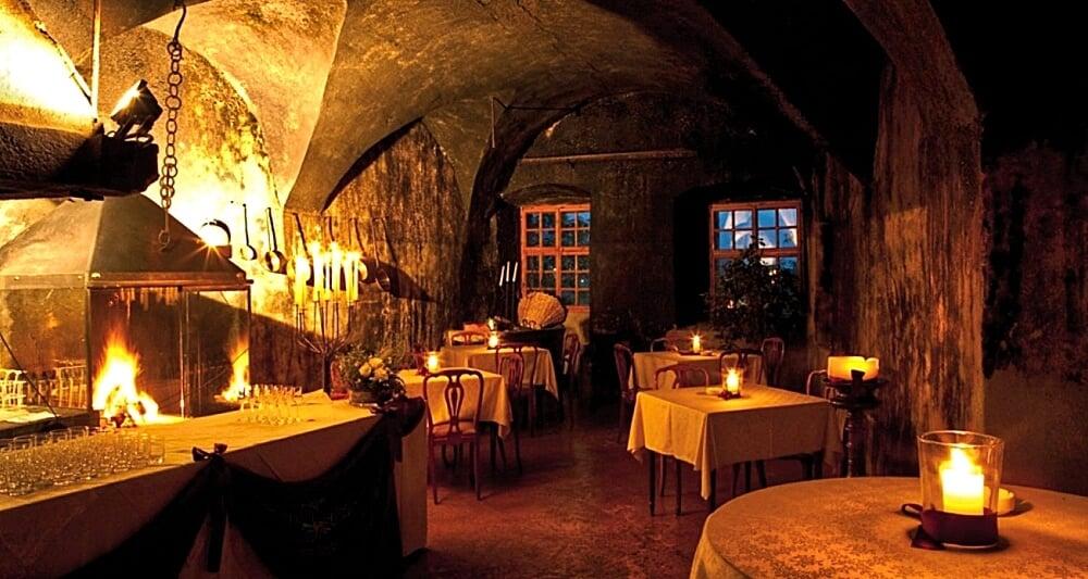 Castel Katzenzungen: Keeper of the World's Oldest Vine 41