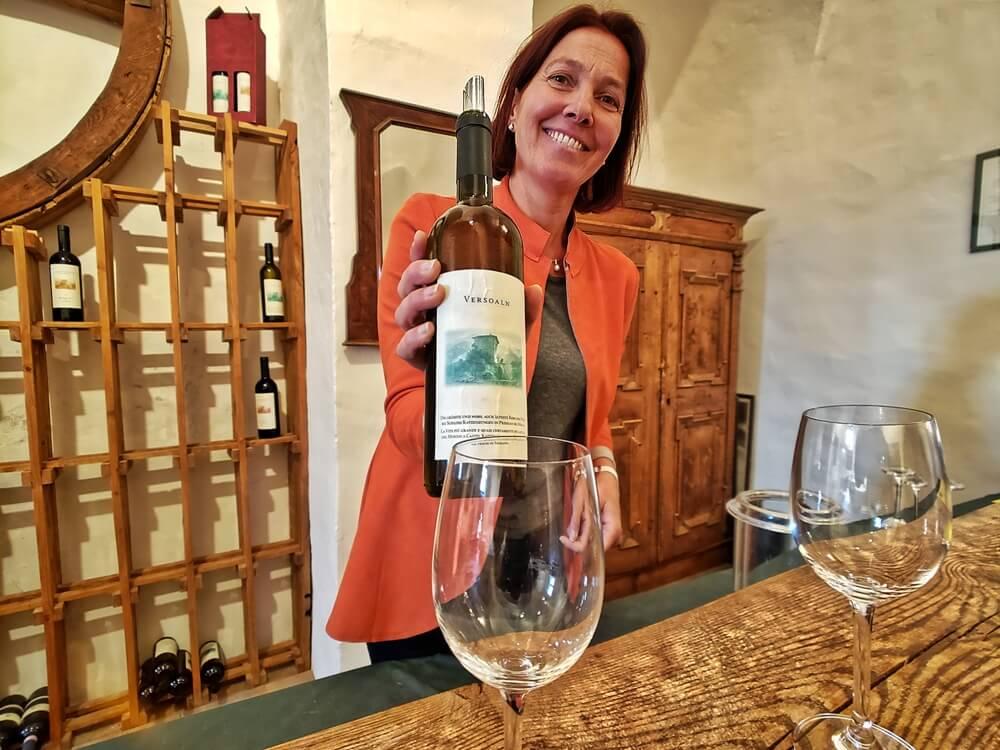 Castel Katzenzungen: Keeper of the World's Oldest Vine 42