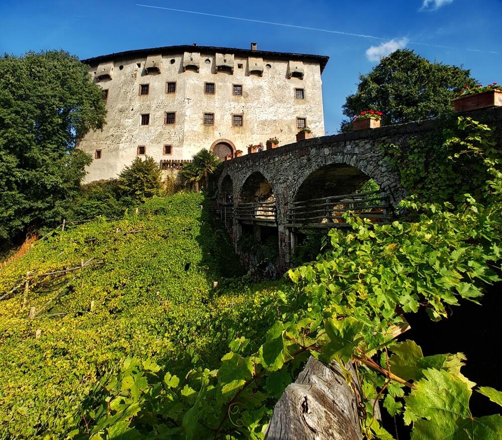 Castel Katzenzungen in Prissiano, Italy