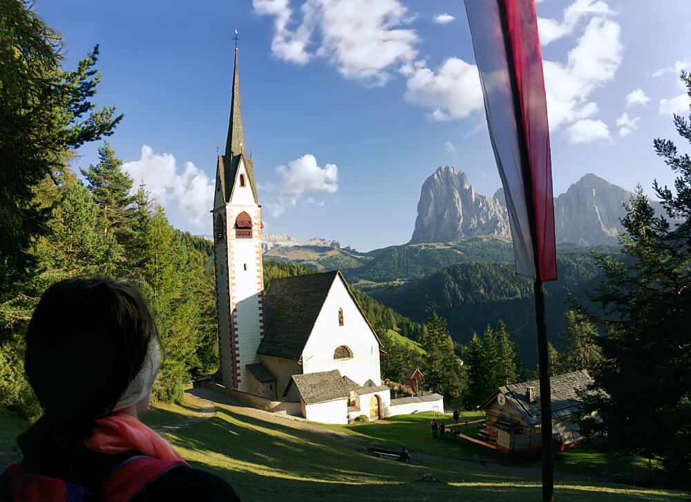 Lantern of Val Gardena: Hiking to the Church of St. Jakob 4