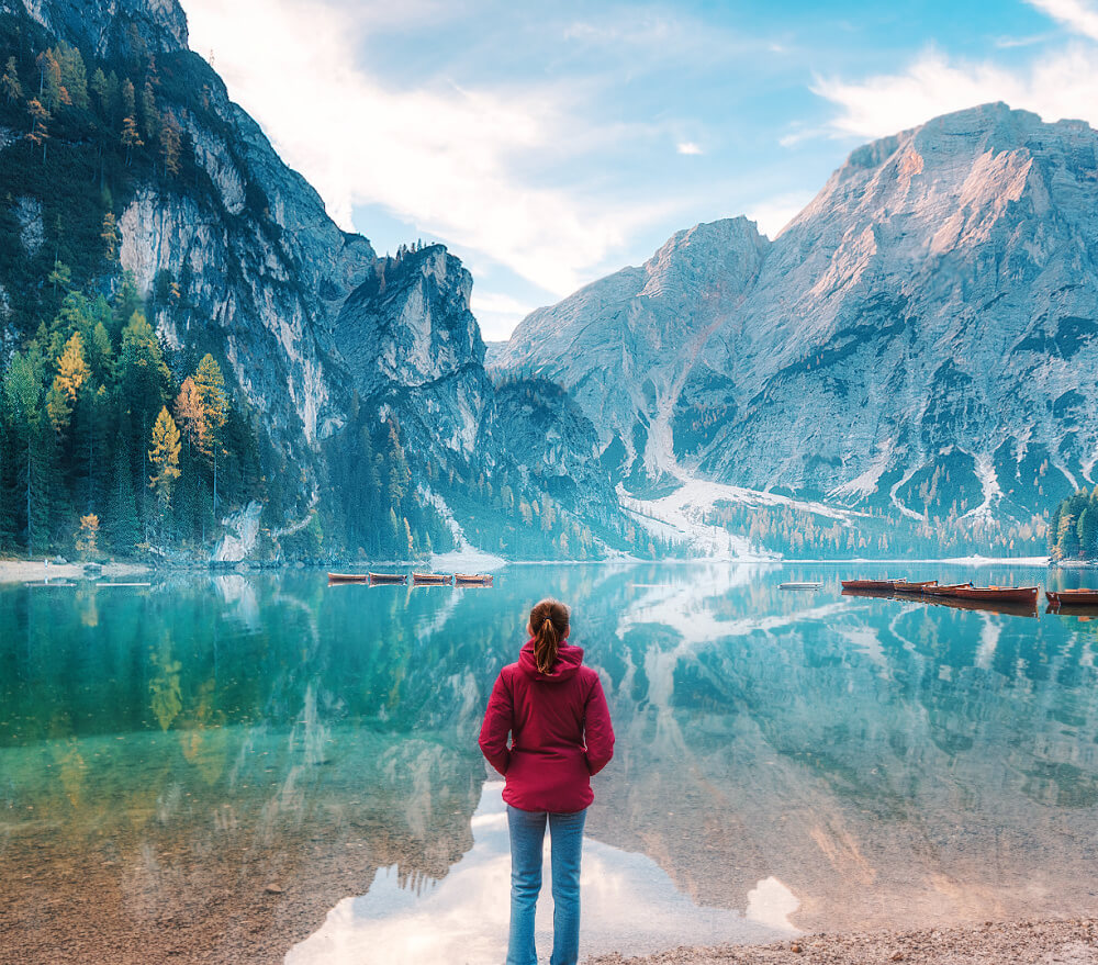 Lago di Braies (Without the Crowds): Your Guide to the Emerald of Italy 1