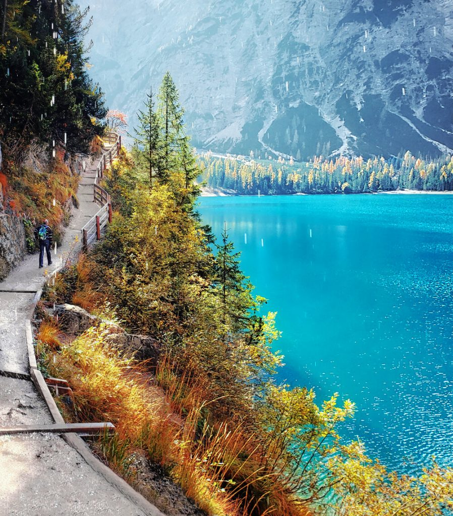 Lago di Braies (Without the Crowds): Your Guide to the Emerald of Italy 5